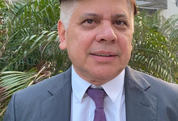 Secretario de Salud Soledad Luis Fabregas