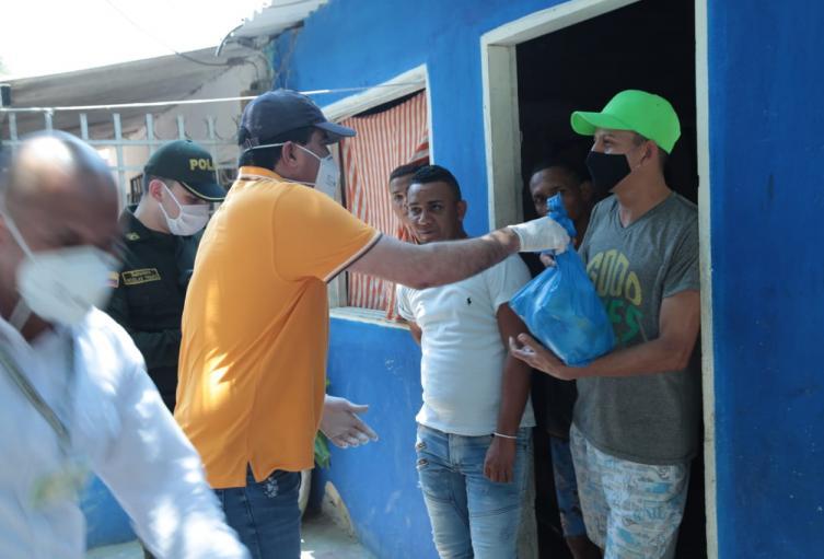 El alcalde de Soledad visitó a las familias más vulnerables.