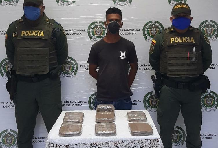 La droga era camuflada en paquetes de panela