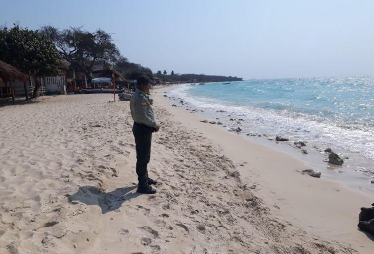 Imponen más de 30 comparendos en playas de Cartagena