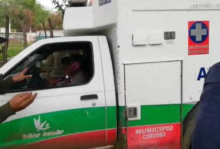 También sancionan una  ambulancia de la gobernación de Bolívar, prestando servicio público de pasajeros
