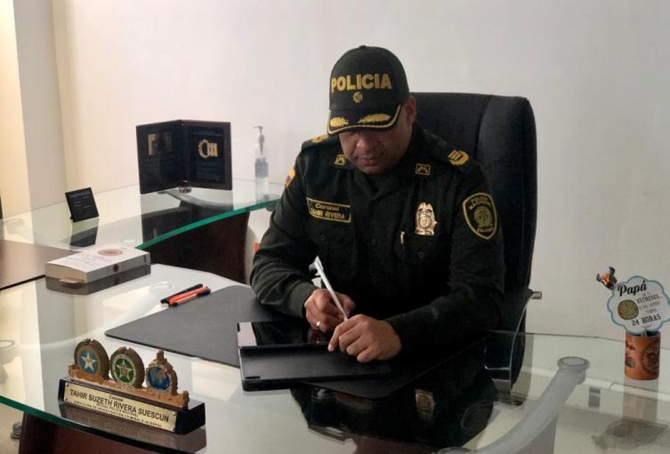 """""""El país, los bolivarenses, necesitan de ustedes, verdaderos héroes y heroínas de la patria""""."""