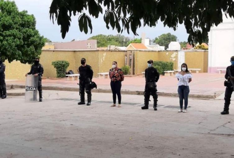 Hombres del Esmad custodiaron el sepulcro