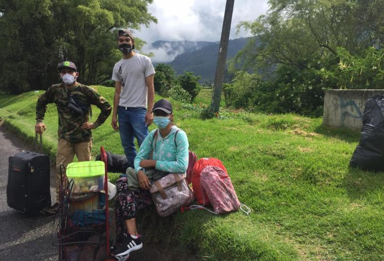 Venezolanos regresando a su país