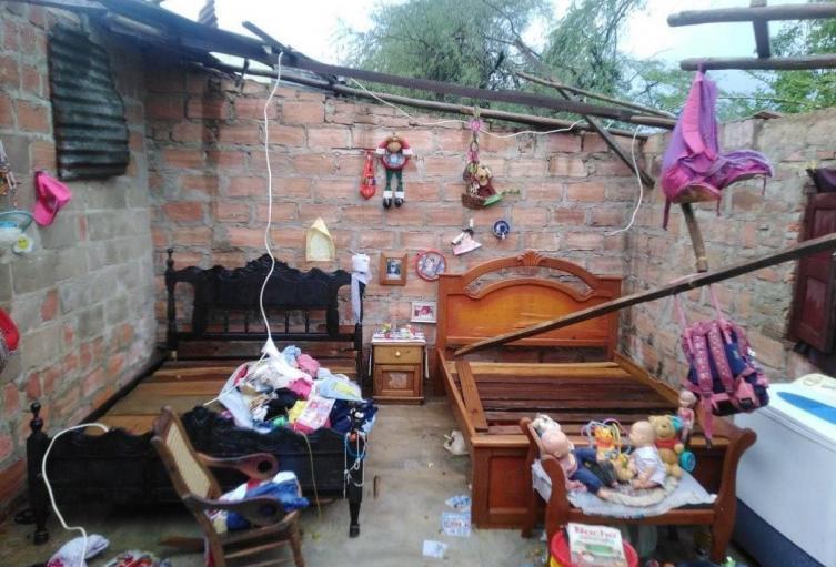 Cientos de familia quedaron con las viviendas afectadas