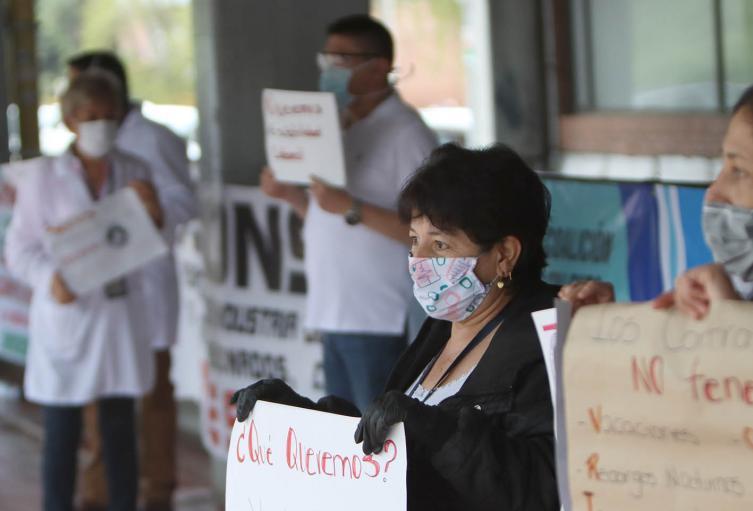 Protestas de médicos y enfermeros en medio de coronavirus en Colombia