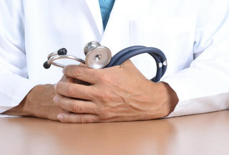 Los médicos fueron despojados de sus pertenencias