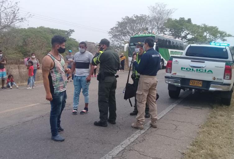 Autoridades retuvieron a migrantes cuando pretendían llegar ilegalmente a Paraguachón