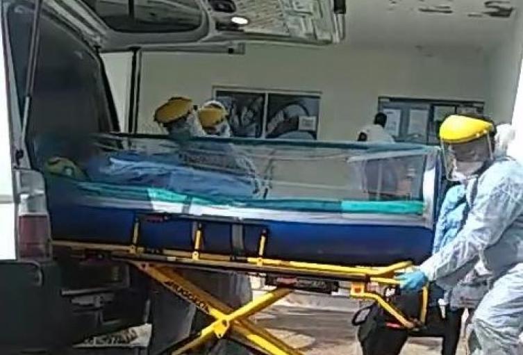 El paciente continua en la Unidad de Cuidados Intensivos