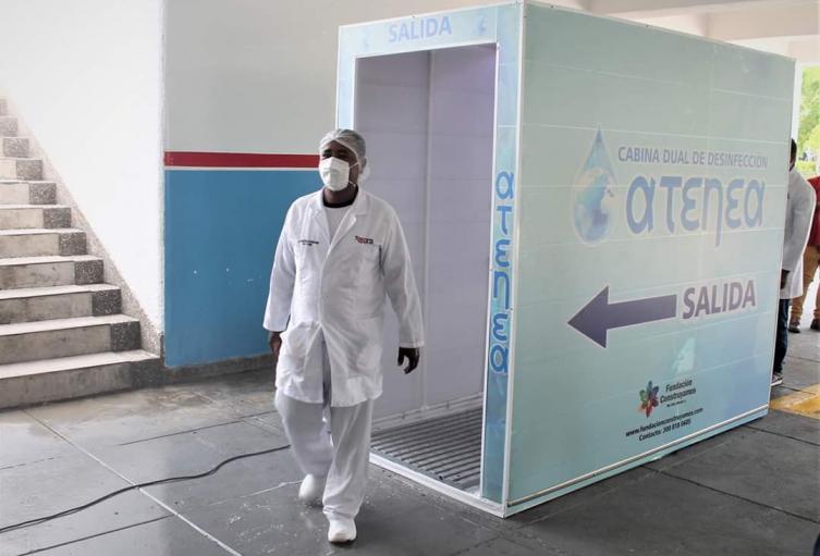 Busca proteger del contagio del coronavirus al personal médico y asistencial.