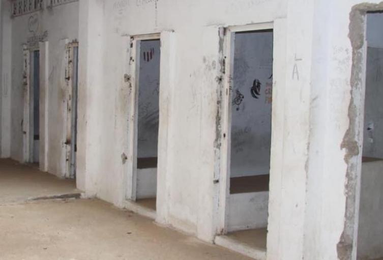 Calabozos donde serán recluidos quienes incumplan el toque de queda