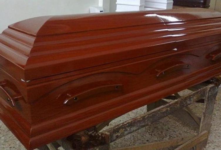 Las autoridades deben dar un buen manejo a los cadáveres con COVID-19.
