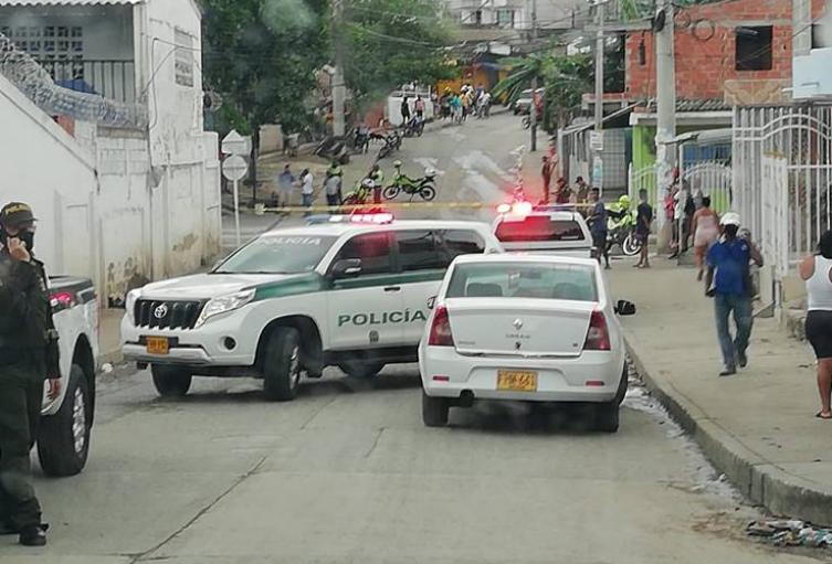 Alfredito estaba sentado en la puerta de su casa cuando recibió los disparos