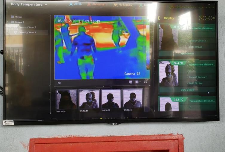 La cámara térmica detecta altas temperaturas.