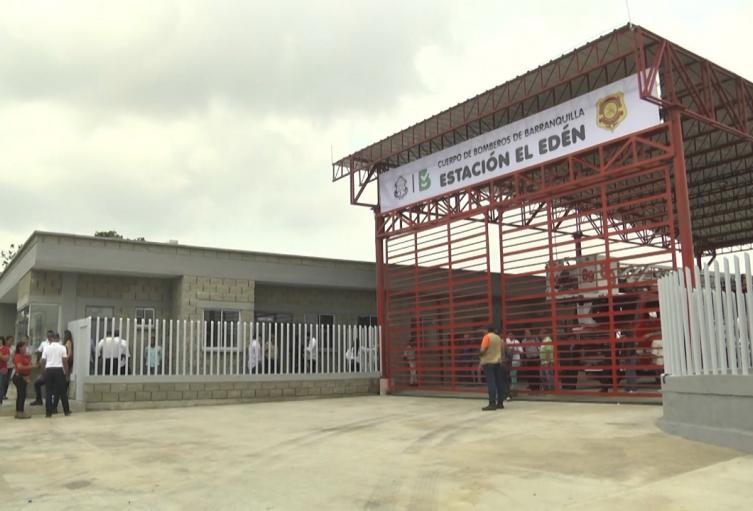 Primer contagio en estación de bomberos de Barranquilla.
