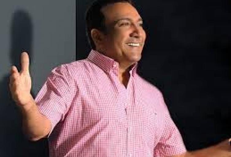 El artista vallenato denunció el hecho en redes sociales.