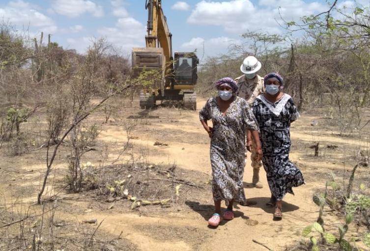 El batallón de ingenieros apoyaron la construcción de varios jagüeyes en la alta Guajira