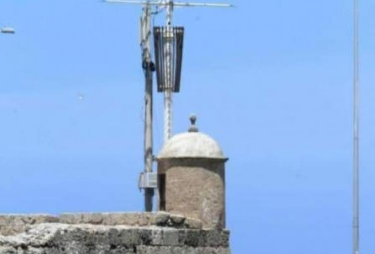 La firma Tower 3 asegura que tienen todos los permisos de las autoridades para la instalación de estas obras.