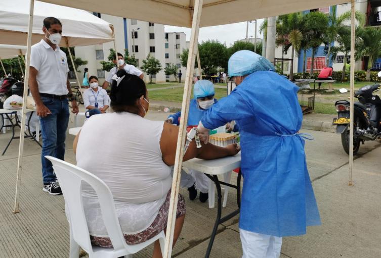 Las pruebas rápidas se realizan en barrios y corregimientos