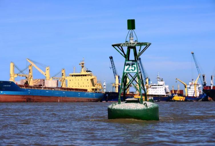 Canal de acceso al Puerto Fluvial de Barranquilla