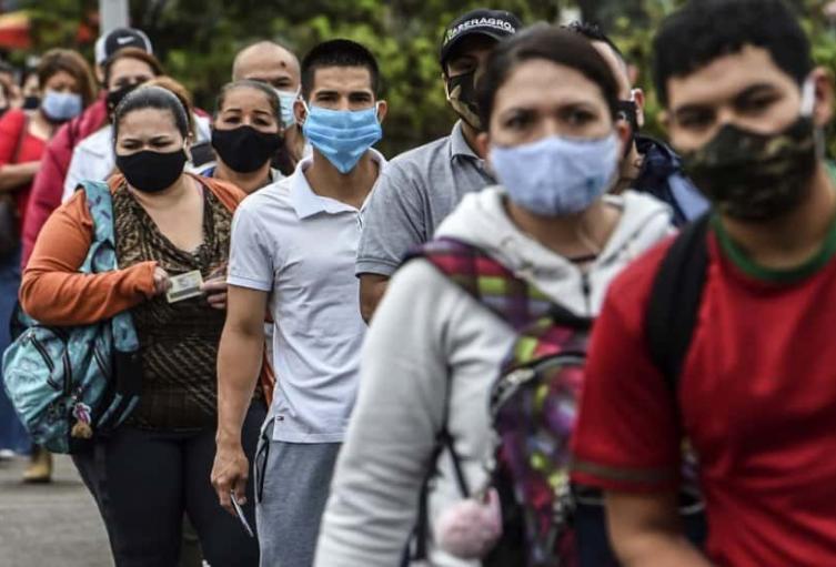 El país reporta ahora 743.945 casos de coronavirus.