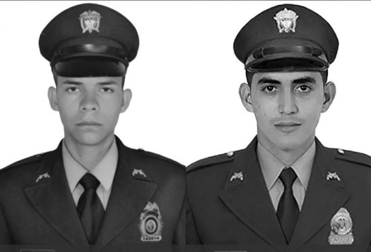 Los policías Jaime Luis Castaño Castillo y Carlos Enrique Calderón.