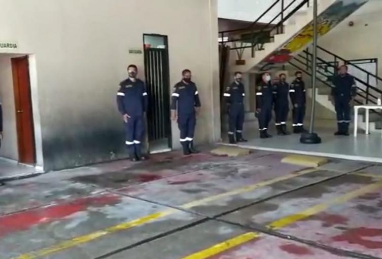 hay 4 bomberos mas positivos para el virus