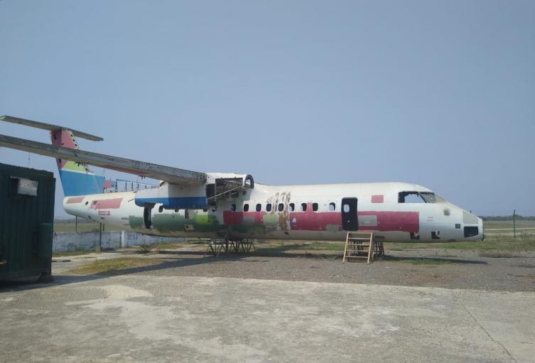 Este fuselaje de avión será ubicado en este parque.
