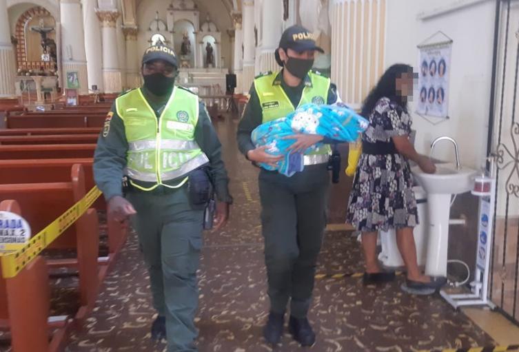 Abandonaron bebé en la iglesia San Roque de Ibagué