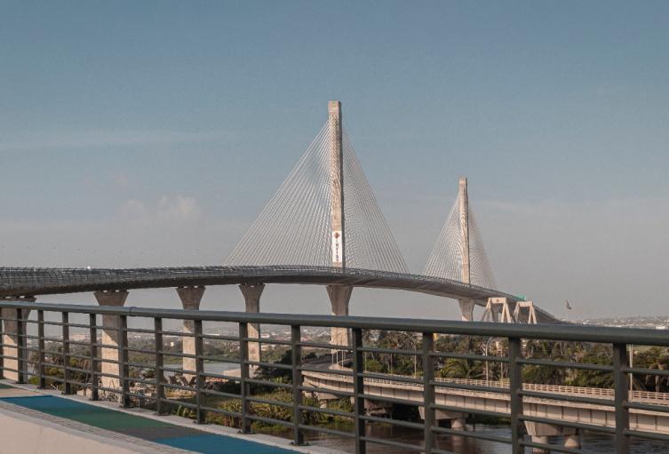 Adjudican obras complementarias en el puente.
