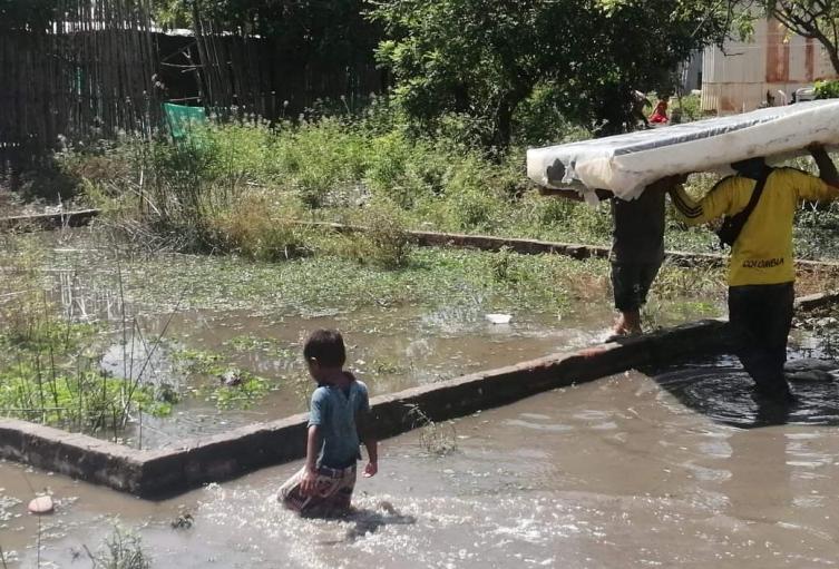 cerca de 1900 familias están en riesgo por posible desbordamiento de los ríos Magdalena y Cesar.