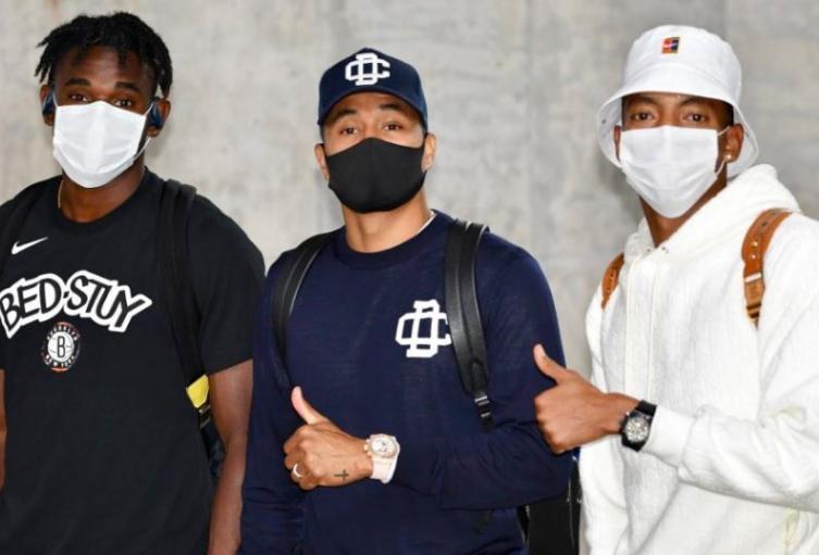 Jugadores de la selección Colombia llegando a Barranquilla