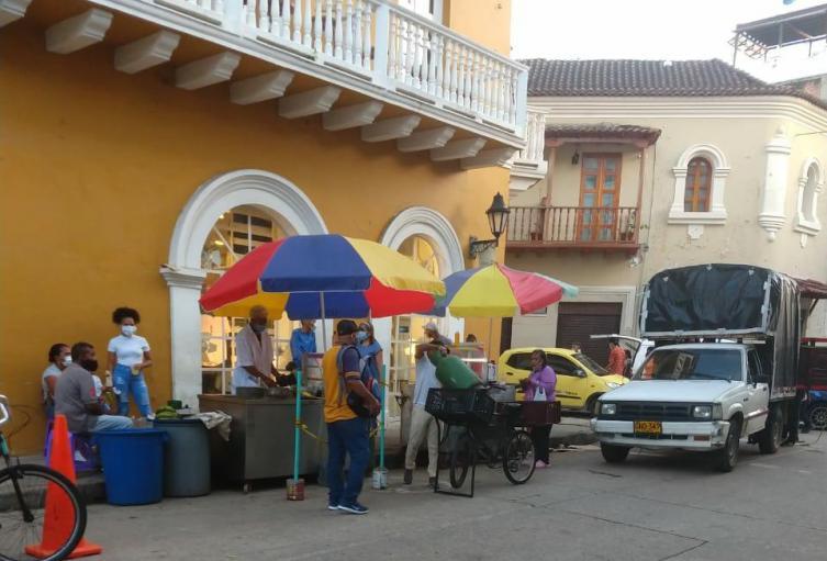 Advierten descontrol en el espacio público en el Centro Histórico de Cartagena
