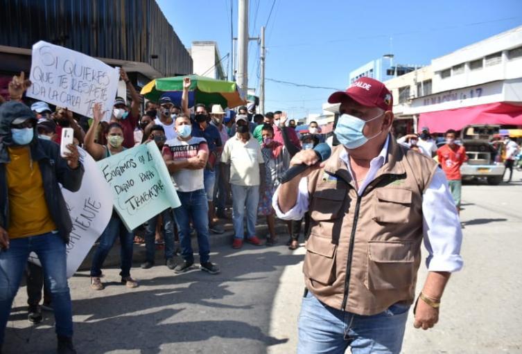 Alcalde se defiende que la expresión  lanzada luego de conocer un supuesto plan para agredirlo en medio de una socialización