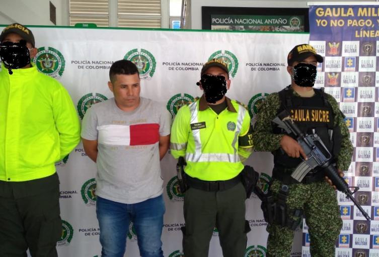 """Capturado Alias """"Elkin"""" o """"Emiro""""en Corozal,(Sucre)presunto integrante del clan del golfo"""