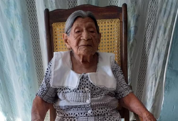 María Elena tiene 105 años y vive en Galapa, Atlántico.