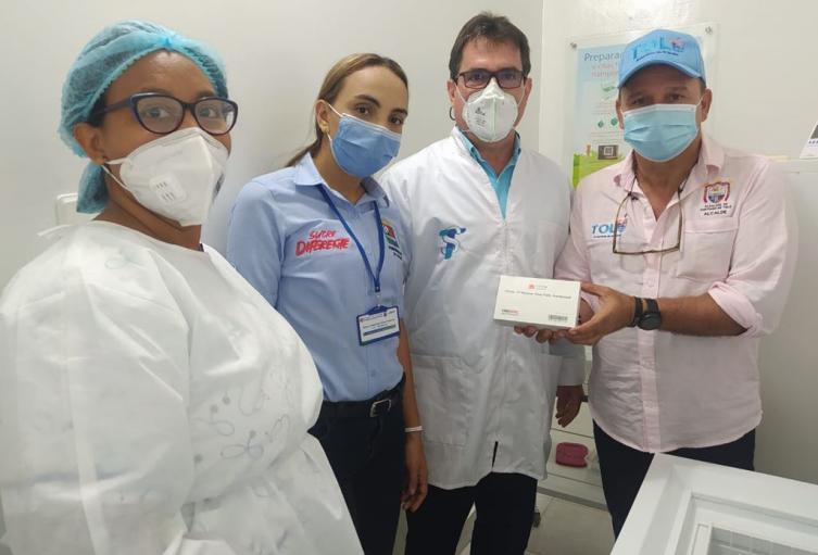 Desde este 1 de marzo inició en Sucre la distribución y vacunación de la vacuna Sinovac en los 26 municipios del departamento.