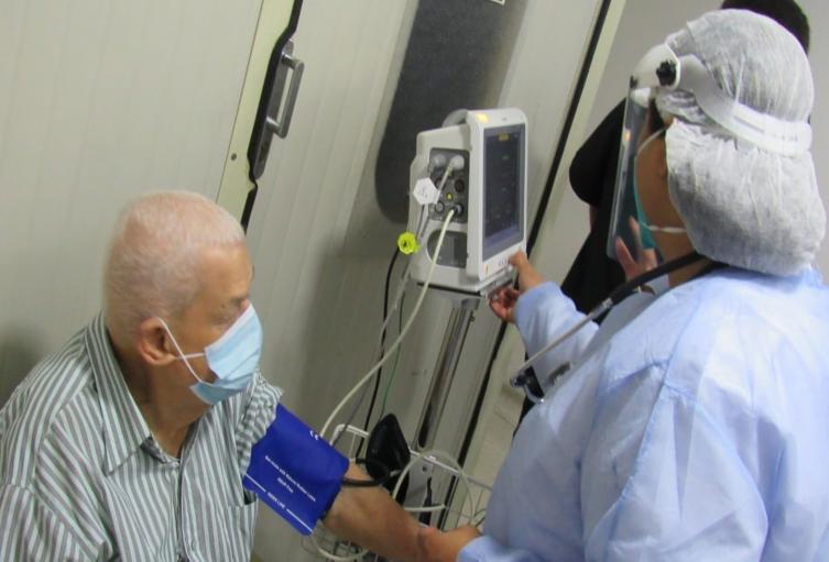 Continúan las vacunas contra el Covid – 19 en Sanidad Militar de Ibagué