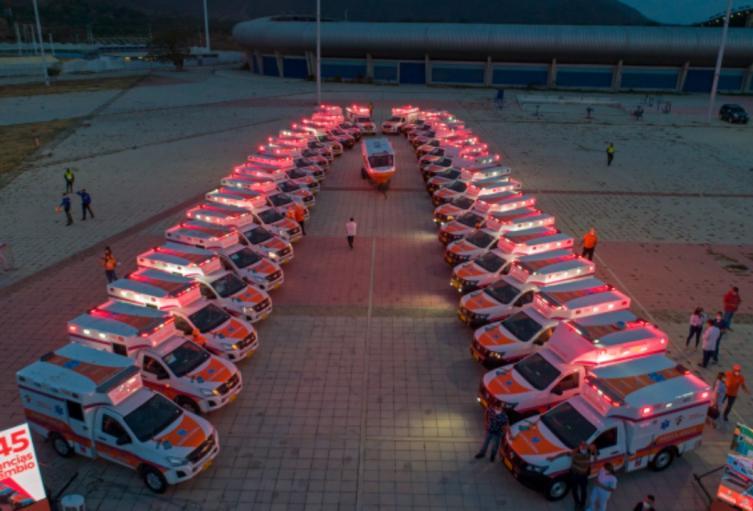 las ambulancias fueron entregadas a los diversos centros asistenciales.