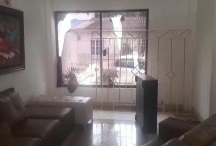 Daños en la residencia del periodista atacado en Baranoa