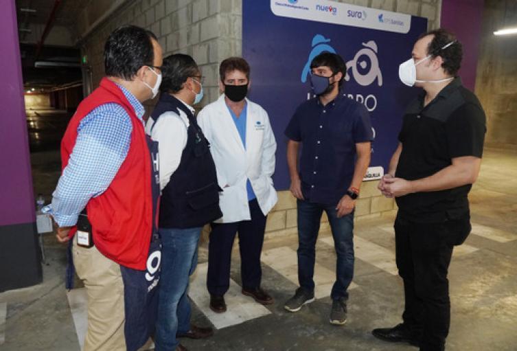 Punto de vacunación vehicular en Barranquilla