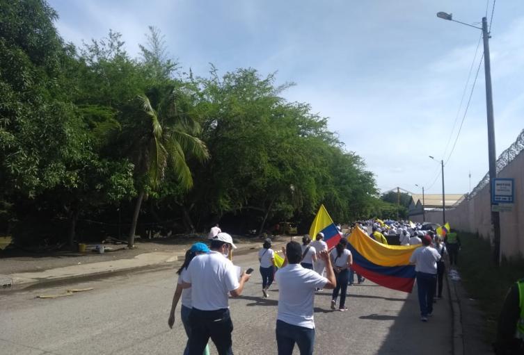 La marcha inició en el parque lineal del sur.