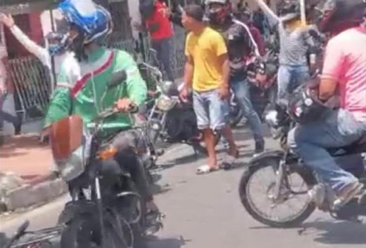 Protesta de mototaxistas en Barranquilla
