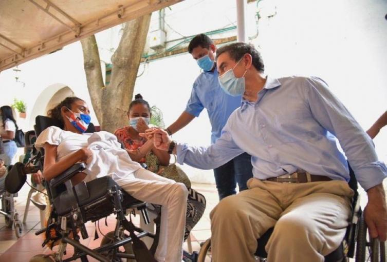 Jairo Clopatosky en la jornada de Vacunación para personas con discapacidad en Valledupar
