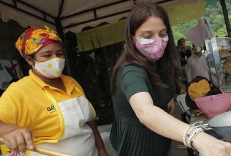 Más de 60 mujeres en Riohacha han sido beneficiadas