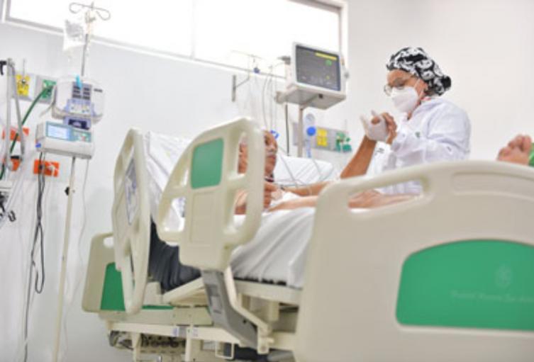 Paciente en la Unidad de Cuidados Intensivos
