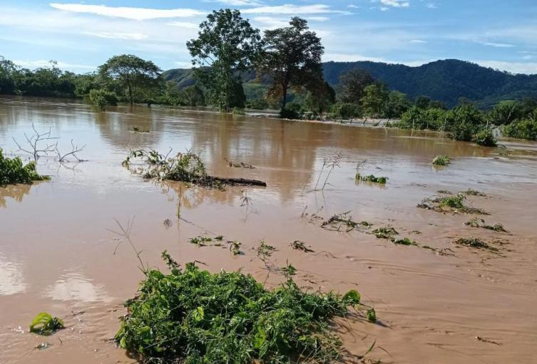 Por fuertes lluvias permanece incomunicado Tiquisio, Sur de Bolívar