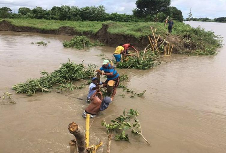 Desbordamiento del Dique preocupa a campesinos y moradores del Atlántico por posibles inundaciones