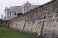 El monumento posee una enfermedad conocida como 'Costra Negra' que se desarrolla en climas calurosos.