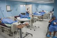 Los pacientes son atendidos en las UCI.